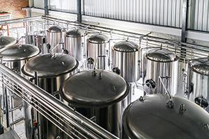distillery industry hoists